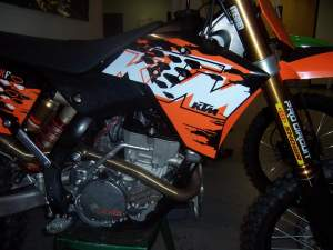 Pro Circuit is now offering kit suspension for KTMs.