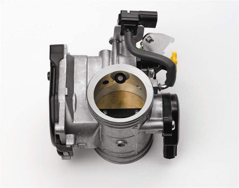 The 50mm throttle body features a 12-hole injection nozzle fed by a lightweight 50-psi pump to ensure optimum fuel atomization. It also allows the bike to go further with less fuel.