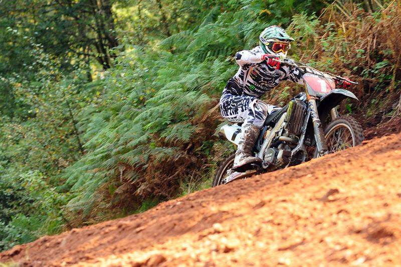 Billy Mackenzie won the opening moto, clinching the MX1 title with it.
