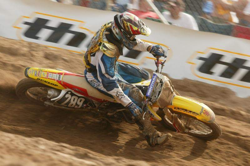 Florida's Matt Goerke chose the sandy Southwick, Massachusetts circuit to make his pro debut in 2004. He showed impressive speed, and even after a few crashes was able to go 16-10 for 13th overall.