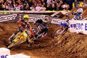 Mike Alessi returned to his holeshot ways but was quickly shoved backwards.