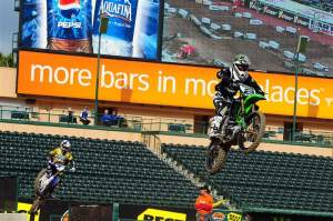 Ryan Villopoto (2) leads Chad Reed (1) in 450cc practice. Villopoto was second-fastest to Stewart, while Reed was third.