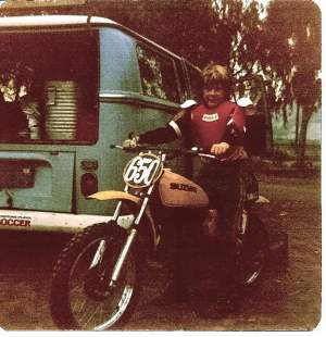 Here's another one from the old school: That's Andy Leisner, getting ready to go all Roger DeCoster on the class, circa 1978 (and yes, his chest pro is a Heikki Mikkola replica).