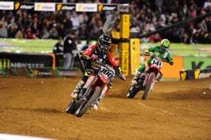 This was the race of the night for me. Hanny and Boniface in the LCQ, who could forget that only a few weeks ago, they were rolling around on the ground trying to gouge each others eyes out. Boni got by Hanny clean and then Josh entertained us on the mic. Good times.