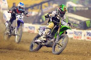 Austin Stroupe (981) passed Broc Tickle (43) early in the main for second, but couldn't close in on Pourcel.