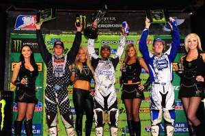 The 450cc podium.