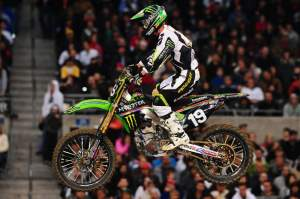 Jake Weimer started poorly and eventually worked his way up to fourth by the finish, losing seven points to Dungey and falling to a total of nine points back with one round left to run.