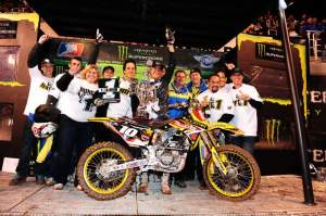 Ryan Dungey and crew celebrate