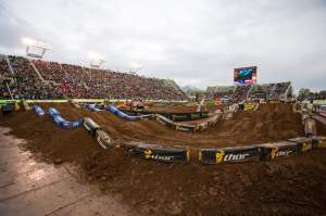The second set of practices were canceled, which made the guys have to get on it early. The city of Salt Lake seemed to be pumped to have SX back, even though they didn't get a half-time freestyle show.