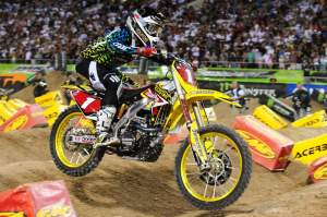 After an aggressive move, Reed remained alone in second with Villopoto way out front