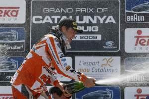 Jeremy van Horebeek celebrates his overall victory