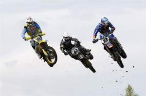 Ken de Dycker (9) was third overall. Here, he battles with Josh Coppins (6, fifth overall) and Tanel Leok (8, seventh overall).