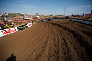 The track was sweet and I really think it was the best Hangtown I've ever seen. Serious. A few complaints of one-lined here and there but the soil and direction and other stuff was great.
