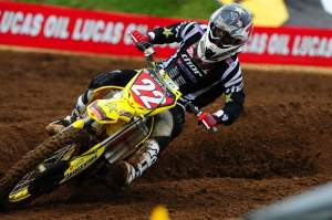 Chad Reed won the first moto but lost the overall. Still, he stretched his points lead to 21.
