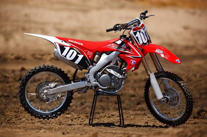 honda introduces the 2010 crf250r racer x online. Black Bedroom Furniture Sets. Home Design Ideas