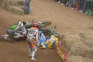 Grant got up from this first-turn pileup and flew back through the pack. It may have cost him a shot at the overall.