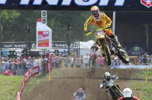 Ryan Dungey went 2-2 for second.