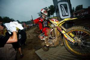 Chad Reed has the number one place in hand and has no pressure on his back for the next for motos.