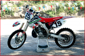 Head to TwoStrokeMotocross.com for more on this custom CR250.