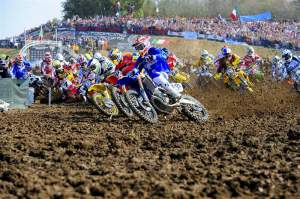 Antonio Cairoli (13) got a rippin' holeshot to start the first MXdN moto.