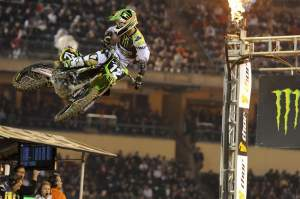 Weimer took his second Anaheim I win in a row and owns the points lead going into Phoenix next Saturday night.