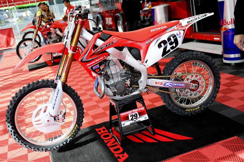 Andrew Short's CRF450R. Check out his header pipe, then look at the next photo.