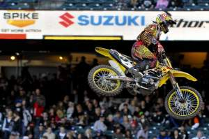 Ryan Dungey edged Villopoto by a thousandth. He sure looks comfortable leading the points.