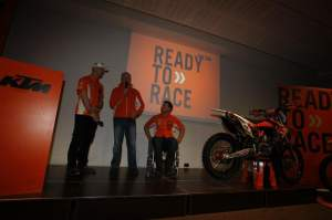The KTM350SX-F presentation.