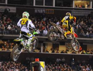 Trey Canard leads Jake Weimer in San Francisco.