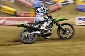 Ryan Villopoto won his third race of the season and tied Ryan Dungey for the points lead.