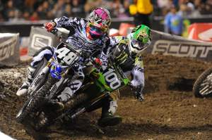 Hansen shows rookies like Max Anstie that you don't pass on the outside in supercross. Check out the fender!