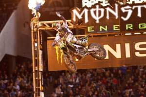 Jake Weimer held off a strong charge by Max Anstie to win in San Diego