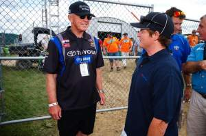 Coy's father, Joe Gibbs (left) talks with Ricky Carmichael (right) at High Point last year.