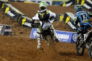 Check out this sequence of Christophe Pourcel going after Justin Barcia on the start straight during the Atlanta main. This is photo 1 of 8.