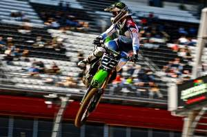 With Chad Reed slated to return to action this weekend, how will his teammate Villopoto and Ryan Dungey respond?
