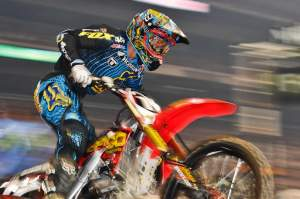 Justin Barcia takes the win in St. Louis
