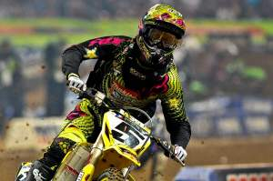 Ryan Dungey claims victory in all the maddness that was St. Louis Supercross 2010.