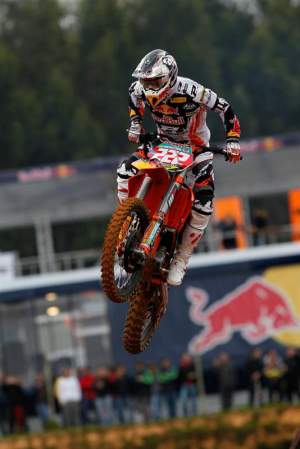 Antonio Cairoli went 5-1 in MX1.