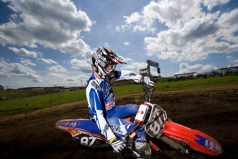 Les Smith rides the track at High Point
