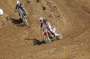 The end of the second moto featured a battle royale between Ben Townley (101) and Josh Grant (33) for third.