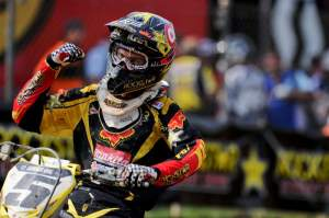Ryan Dungey celebrates his second-straight 1-1 score.
