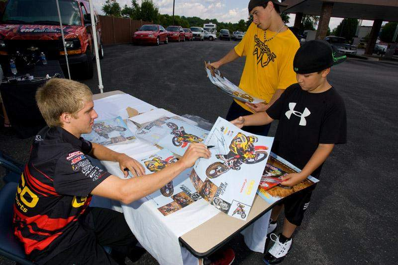 Fans were able to get their favorite riders autographs.