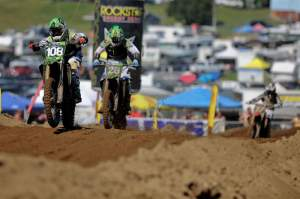 Dean Wilson (108) leads Tyla Rattray (28) and Justin Barcia (17).
