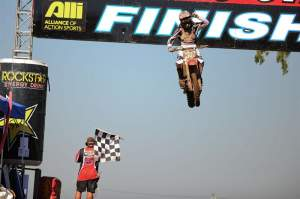 Trey Canard takes the second-moto win - his first ever outdoors - and the overall, with a 4-1 score.