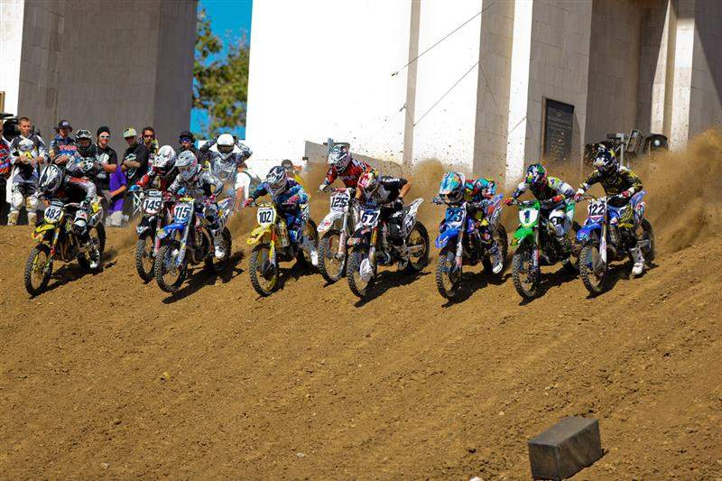 The Moto X Racing portion featured a downhill start, going down the famous peristyles.