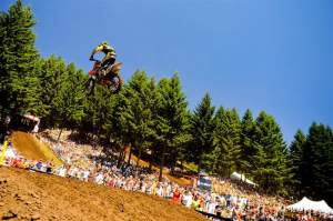 Metcalfe soars above the crows at Washougal.