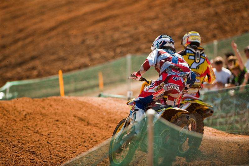 Ryan Dungey got a terrible start and eventually worked his way up to fourth. Here he is passing Steve Ramon.