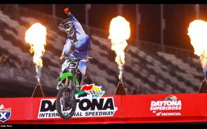 Ryan Villopoto wins the Daytona SX