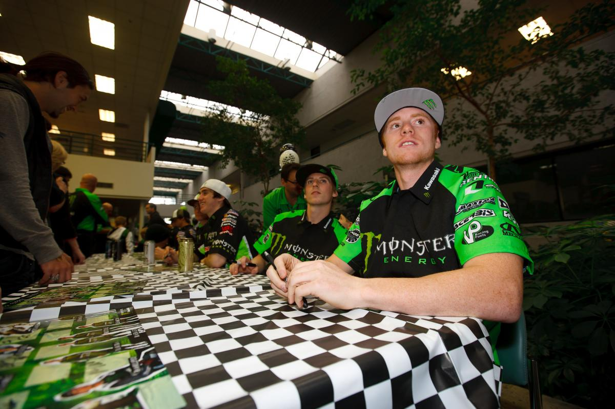 Ryan Villopoto and Jake Weimer check out the team video