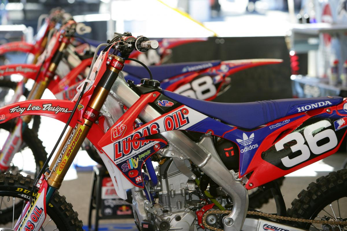 The Troy Lee/Lucas Oil Team